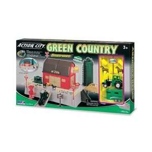 Action City: Barn Set with Die Cast Tractor: Toys & Games