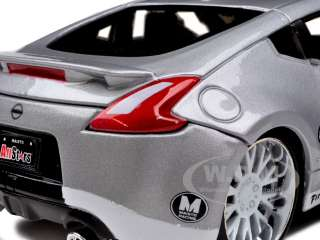 2009 NISSAN 370Z BLUE/SILVER 1/24 CUSTOM MODEL CAR