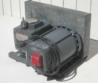 Precision Scientific Vacuum Pump Model 25 1725 rpm