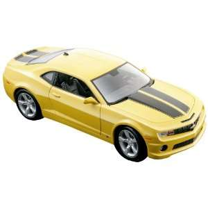 Maisto 2010 Chevrolet Camaro SS RS (Colors May Vary): Toys