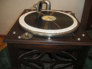 Columbia) Portable Tabletop HAND CRANK Phonograph Record Player