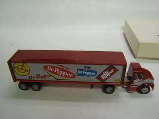 Winross Dr. Pepper 1885 1995 Tractor Trailer