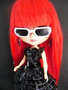 White Sun Glasses black lenes Blythe Basaak Blybe CCE doll