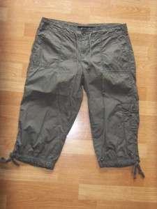 CALVIN KLEIN JEANS Green Khaki Cotton Cargo Capri PANTS WX2451