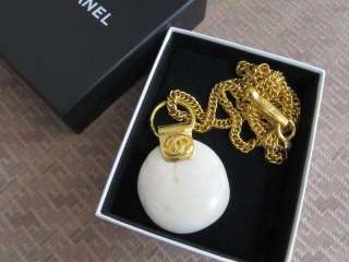 CHANEL rare CC logo vintage jumbo stone gold necklace