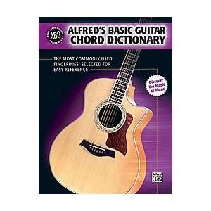 Alfred Basic Guitar Chord Dictionary (Book): Musical
