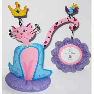 Purrfect Kitty Cat with Metal Dangling Flower Frame