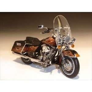 2011 Harley Davidson FLHRC Road King Vaquero Color Shop
