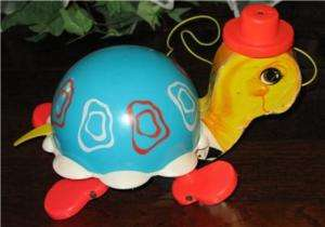 Vintage ©1962 Fisher Price Turtle Pull Toy #773.