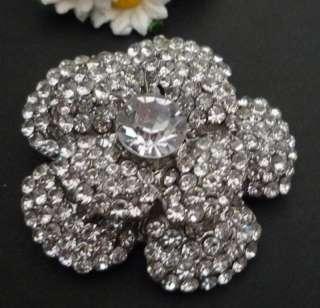 Layer Flower Clear White Rhinestone Brooch Pin B124