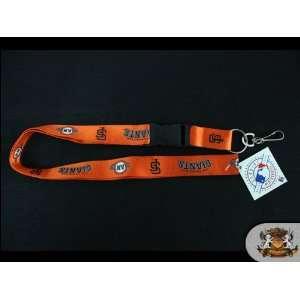 com MLB Licensed San Francisco Giants   Orange Detachable 25 Lanyard