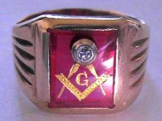 SOLID GOLD YELLOW GOLD ANTIQUE DIAMOND RUBY MASON MASONIC RING SIZE 10