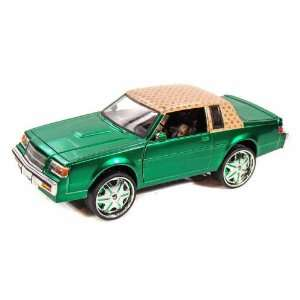 1987 Buick Regal 1/24 Donk Box and Bubble Green Toys & Games