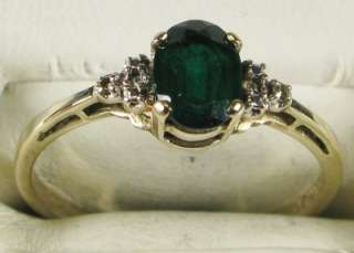 Estate 10k Yellow Gold .77ctw Oval Cut Emerald & Diamond Ring Size 7