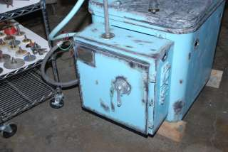 WELL TOOLED, RUNS Cincinnati Monoset Tool and Cutter Grinder INV572