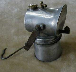 RARE Justrite LITTLE GIANT Miners Carbide Lamp (patented 1917)   Cast