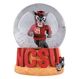 Treasures North Carolina State Wolfpack Musical Snow Globe