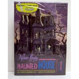 Polar Lights The Addams Family Haunted House Glow in the Dark Plastic