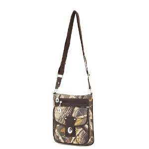Realtree Hardwoods Camo Hipster Camouflage Purse: Sports